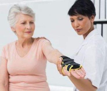 便携式骨密度检测仪厂家分析绝经后骨质疏松的症状