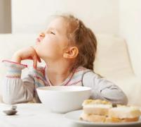 宝宝骨骼发育慢超声骨密度仪品牌国康提醒父母越早发现,治疗效果就越好!